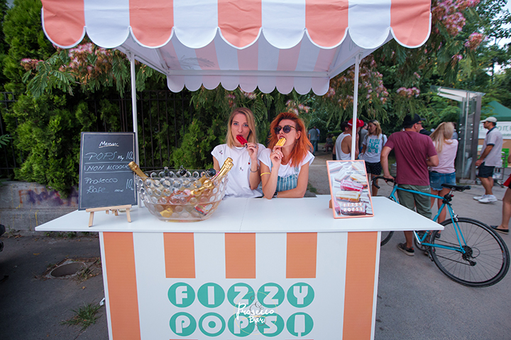 FIZZY POPS @ Street Delivery 18